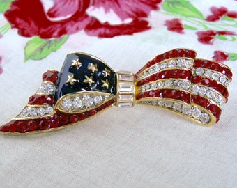 American Flag Red White Blue Bow Brooch Patriotic 3D Enamel Channel Set Rhinestone Large Ribbon Pin Quality July 4th Jewelry Signed L-S