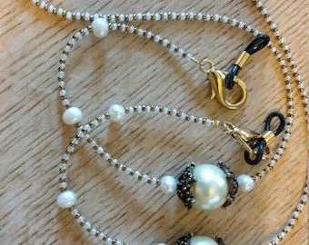 White Swarvorski Pearl, Cultured Pearl & Gold Filigree Eyeglass Necklace Chain