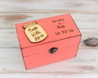 Personalized Recipe Box, Mothers Day Gift, Recipe Storage, Farmhouse Style, Recipe Box, 4 x 6 Cards