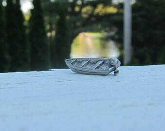 Motorboat Lapel Pin - CC294- Boating, Lake, Pond, Boats, Summer Fun Pins and Gifts