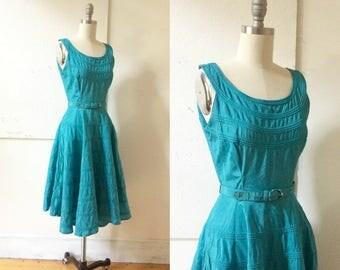 Teal taffeta 50s dress - turquoise - scoop neck - circle skirt - cinched waist - small - belt - side zipper