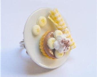 Food Jewelry Banoffee Ring, Miniature Food Ring, Mini Food Jewellery, Banoffie Ring, Polymer Clay Food, Cake Ring, Food Charm, Kawaii Ring