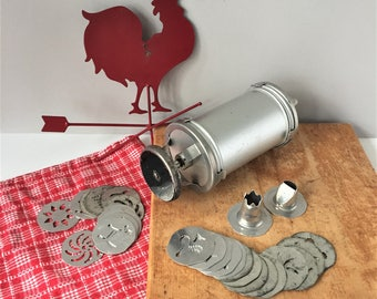 Mirro Cookie Press, Vintage Cake Decorating Set, Spritz Cooky Gun, Baking Nozzles Discs, Piping Tips, Pastry Frosting Set, Appetizer Press