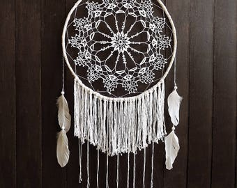 White dream catcher, wall hanging, large dreamcatcher, crochet, doily, wall decoration, home decor, handmade, boho decor, mandala, bedroom