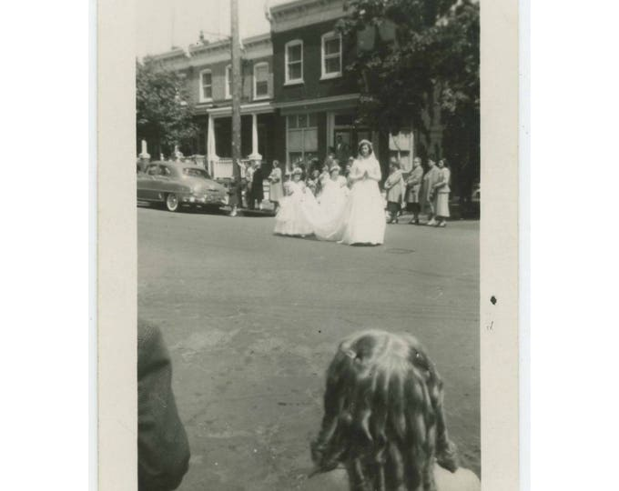 Vintage Snapshot Photo: Watching the Wedding Procession, c1950s (75582)