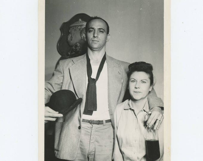 Vintage Snapshot Photo: Couple, c1940s 5x7 (127625)