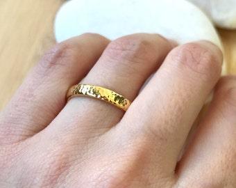 14k Yellow Gold Band- Hammered Wedding Band- 3mm Unisex Wedding Band- His Her Wedding Band- Simple Wedding Band- Men Woman Wedding Band