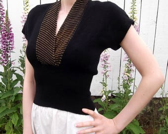 VINTAGE BLACK SWEATER 1950's Gold Wool Size Extra Small