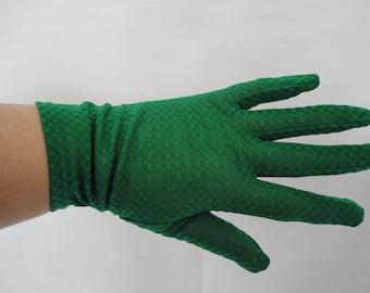 Vintage Green Bri Nylon Over Wrist Gloves - 1960s - UK 7 - Ideal Wedding/Prom/Cruise/Revival/Reenactment - Mod/Gogo/Disco
