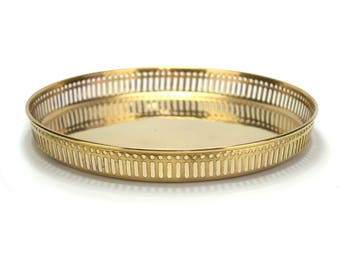 Vintage Round Brass Tray - Mid Century - Gold Tabletop Tea Tray -Trinket Perfume Jewelry Tray - Coffee Table - Cocktail Bar Cart Accessories