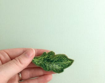 Oak Leaf needle felted plant Brooch felt magnet gift for him gift for dad shawl pin scarf pin nature lovers gifts handmade botanical jewelry