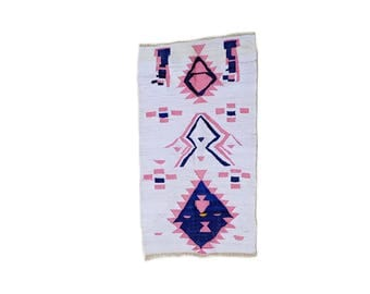"63""X35"" Handwoven moroccan kilim rug, boucherouite rug, handmade rug, geometric pattern, colorful rug, chic ethnic, moroccan decor"