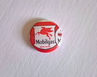 Mobilgas Pegasus Vintage Pinback Button --- Retro Americana Road Trip Car Collectible Cool Automobile Motorhead Accessory Lapel Pin Brooch