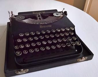 Vintage Rem Ette Remington Rand Typewriter     Manual Portable Antique  Style Machine