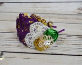 Handcrafted 1920s Inspired Mardi Gras Headband - Feather Headpiece - Green Golden Yellow Purple - Ivory Lace Mardi Gras Bow - Adult Headband
