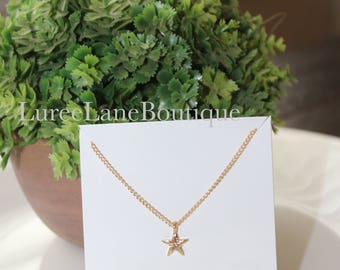 Star necklace/Dainty Star necklace/Bridesmaid gift/Best friend gift/Bridesmaid necklace/Friendship necklace/Bridesmaid jewelry/Star pendant