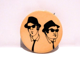 Blues Brothers Pinback 1978 Jake & Elwood Vintage Dan Aykroyd John Belushi Briefcase Full of Blues Saturday Night Live Soul Man Mohawk Music