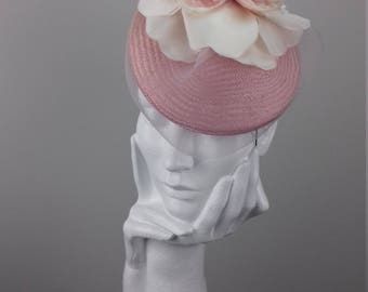 Chic hat suitable for Ascot, Dubai World Cup, The Curragh, Cheltenham Races,Melbourne Cup, wedding guest