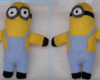 Big cuddly plush Minions 30 cm, Moi moche et méchant, despicable wool me, handmade knit, yellow blue, gift, toy