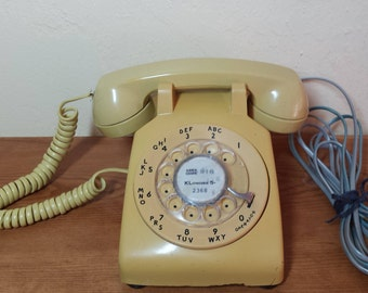 Cheerful As Sunshine 1970s Pacific Bell Rotary Phone From The Days When We  All