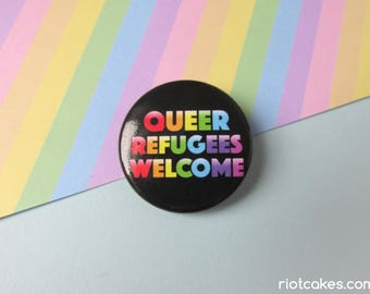 Queer Refugees Welcome Button