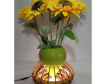 the lamp's Vase