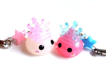 Kawaii Squishies, Pink and White Hoppe Chan Royal Crown, Pastel Star Cute Phone Charm, Harajuku, Sweet Lolita, Tamagotchi, Bridal Shower,