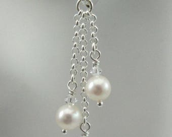 White Freshwater pearls with Swarovski crystals earrings