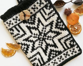 iPad Tablet Case, 10 inch Case, Black & White iPad Case, Nordic Pattern Case, iPad Air Sleeve, iPad 4 Cover, Hand Knit Case, READY TO SHIP