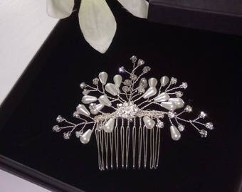 Bridal Hair comb, Wedding Hair Comb, Diamante Hair Comb, Crystal Comb, Weddings, Brides, Prom, Occasion. Ivory, pearls, Pearl Hair Comb,