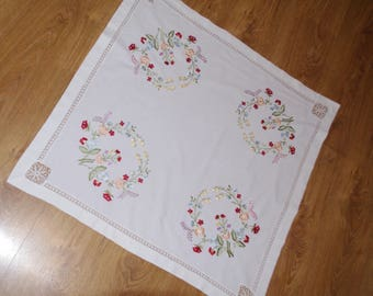 Polish white embroidered traycloth table runner floral multicolour Flowers Floral embroidery Serape napkin flowery dresser scarf table top