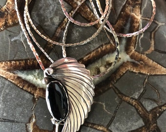 """Native American Sterling Silver Leaf Onyx Pendant Necklace 18"""" Chain"""