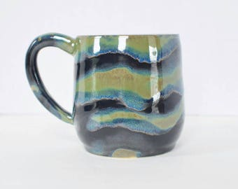 Northern Lights Mug -  Green - Coffee Cup - Ceramic