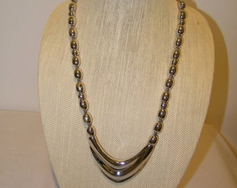 Vintage Napier Silver Bead Pendant Necklace