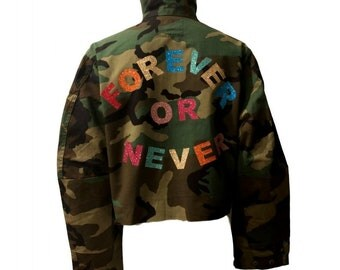 Forever Or Never Cropped Camouflage Jacket - Hipchik