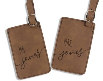 Mr and Mrs Luggage Tags - Personalized Luggage Tags - Wedding Gift - Engagement Gift - Leatherette Bag Tag - Custom Gift