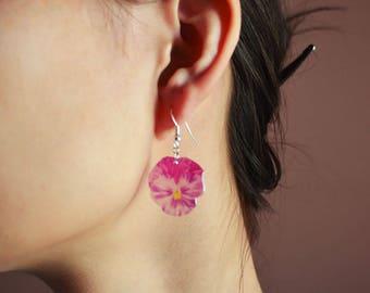 Pansy Flower Silver plated earrings. Resin jewelry. Silver earrings. Pansy jewelry. Purple Flowers earrings. Gift for her. Flower Girl gift.