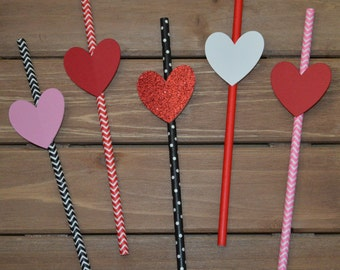 Valentine Heart Paper Straws! Valentine Party Decoration! Happy Valentine's Day Party Paper Straws! Valentine Heart Party Favors!