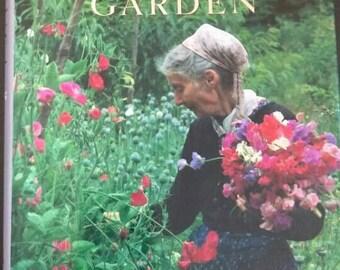 Tasha Tudors Garden , 1994 , Tovah Martin , Richard W Brown