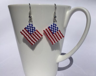 American flag earrings, 4th of July, Independence day, Dangle earrings, USA earrings, Red White Blue, Peyote stitch, Beaded, Handmade, Gift