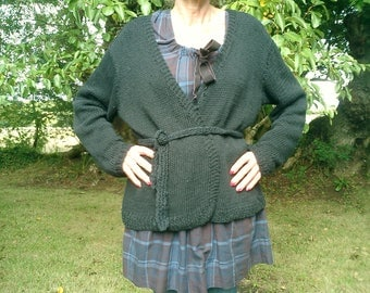 crossover Cardigan hand knitted in linen cotton size and color to the choix_vegan bio_