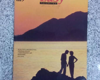 Easy Favorites Play Speed Sheet Music for All Keyboards Paperback Book 1984
