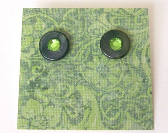 VERDE Post Earrings - Forest Green Button Jewelry -  Repurposed Vintage