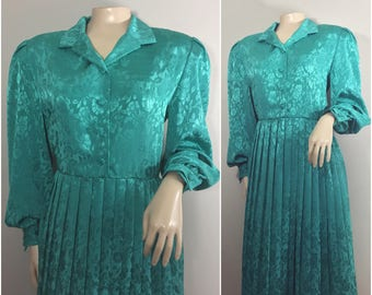 Emerald Green Floral Embossed Dress by Henry Lee // Green Shirt Dress