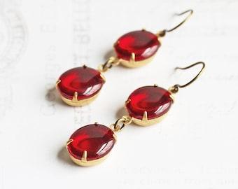Ruby Red Oval Rhinestone Dangle Earrings on Antiqued Brass Hooks (Vintage Glass)