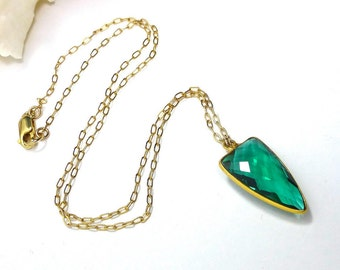 Emerald Green Quartz Pendant Necklace, Gold Filled, St Patricks Day, Green Drop Necklace, Faceted Stone, Layering Necklace