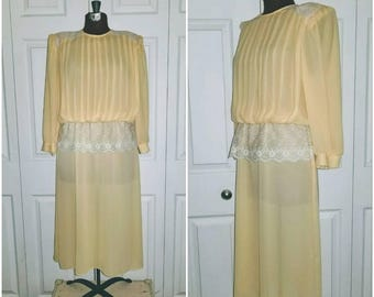 Job jitters ... vintage 80s dress / puff sleeve sheer / 20s prim secretary day / lace peplum sash pleated bodice .. S M