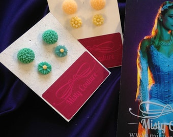 2 SET of earrings in multiple colours. (Aqua and Yellow)