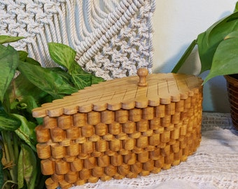 Wooden Leaf Box / Interesting Decorative Leaf Box