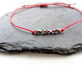 Kabbalah bracelet / kabbalah bracelet / red and 7 swarovski - Creation of chip beads
